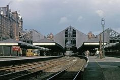Nottingham Victoria Station, 1960s. Nottingham Station, Nottingham City, Old Train Station, Steam Railway, Train Pictures, Online Travel, The Old Days, History Photos, Train Tracks