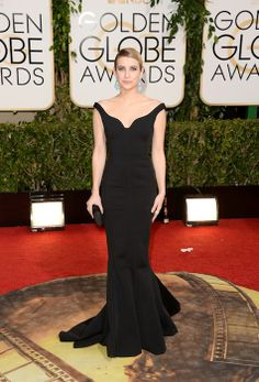 See Every Look from the 2014 Golden Globes Red Carpet: Emma Roberts in Lanvin