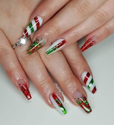 25 Bright and Awesome CHRISTMAS NAILS Art Design and Polish Ideas for 2019 Part christmas nails; christmas nails gel Source by Chistmas Nails, Cute Christmas Nails, Xmas Nails, Christmas Nail Art Designs, Holiday Nails, Christmas Design, Christmas Acrylic Nails, Elegant Christmas, Christmas Art