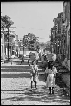 Guadeloupe photographique de la Guadeloupe de 1948, un reportage effectué par Denise Colomb Barbados, Jamaica, West Indies, Commonwealth, Haiti, Trinidad, Pointe À Pitre, Cuba, Saint Martin