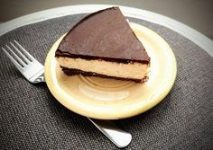 Túró rudi torta - Eddi konyhája Cheesecake, Desserts, Food, Tailgate Desserts, Deserts, Cheese Cakes, Eten, Postres, Dessert