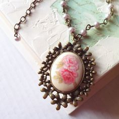 Flower necklace  pink rose vintage  shabby chic