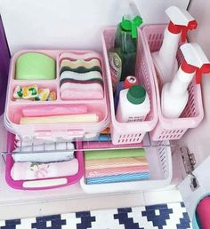 Trendy Home Hacks Organization Bathroom Kitchens Ideas Bathroom Closet Organization, Kitchen Organisation, Home Organization Hacks, Bathroom Storage, Organization Ideas, Bathroom Ideas, Organiser Son Dressing, Ideas Hogar, Small Closets