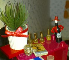 Number 4 in Oct 2012: the page for miniature bottles, what a surprise to see this page this high (funny bottle by jjminit, via Flickr) Miniature Bottles, Doll Furniture, Diy Doll, Monster High, Diy Tutorial, Dollhouse Miniatures, Candles, Table Decorations, Christmas Ornaments