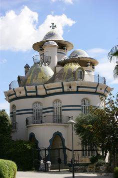 Torre de la Creu by Josep María Jujol (Spain)