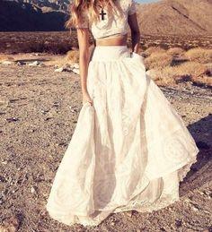 Bohemian / Bride / Bridal / Vintage / Style / Lace / Detail / Wedding / Skirt / Fashion / Inspiration