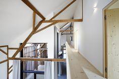 """Haus Laanz """"Stadl"""", Parkstetten - ediundsepp – Lang Hugger Rampp Stairs, Loft, Stair Design, Interior, Furniture, Home Decor, Arquitetura, Farm Cottage, Detached House"""