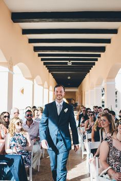 This Riviera Maya Destination Wedding is Pure Joy #destinationweddings #tropicalweddingdestinations #weddingportraitsessionideas
