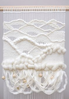 5 Wavy Weaving Techniques | The craft of weaving has incredible creative potential. Learn how to create waves using 5 basic weaving techniques.
