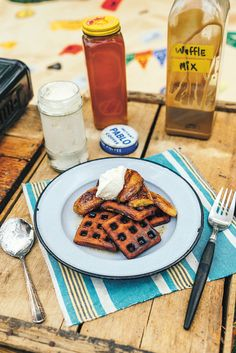 Camping Meals, Family Camping, Fun Food, Good Food, Waffles, Pancakes, Fried Bananas, Recipe Of The Day, Van Life