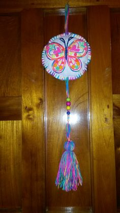 Ines New Crafts, Arts And Crafts, Butterfly Art And Craft, Heart Crafts, Xmas Ornaments, Fabric Crafts, Dream Catcher, Tassels, Crochet Patterns
