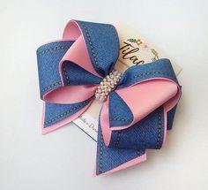 Brazilian Crochet And Handicraft Diy Hair Bows, Making Hair Bows, Ribbon Hair Bows, Diy Ribbon, Felt Headband, Baby Headbands, Gold Hair Bow, Kids Hair Accessories, Bow Tutorial