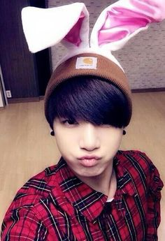 I FLIPPING LOVE THIS JUNGKOOK PIC!!!