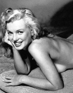 Marilyn Monroe, née Norma Jeane Mortenson le juin 1926 à Los Angeles Earl Moran, Divas, Pin Up, Greta, Marilyn Monroe Photos, Pinup Art, Marlene Dietrich, Norma Jeane, Brigitte Bardot