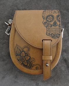 ink tattooed leather sporran designed and handmade in Scotland www.sporran-nation.co.uk