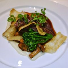 Game on at @PeartreeBurnaby 🎯 Rabbit, oxtail, duck and bison... Christmas dinner seems less exciting after this meal. Bison cheeks, celeriac puree, roasted parsley roots, potato pavé, chanterelle mushrooms, salsify chips, broccolini, au jus at Chef Scott Jaeger's #ThePearTree in #BurnabyBC 😋. Experience over experiments ✔ #BurnabyHeights #FineDining #TastingMenu #FMFThePearTree