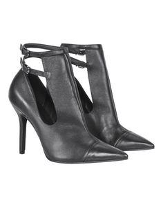 Sapato de Salto Fino e Recortes Geométricos Preto - Lez a Lez