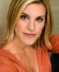 THE FRIDAY SIX: Q with Your Favorite Broadway Stars- Jenn Colella