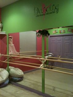 Dance studio bedroom theme