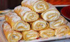 Těsto je příjemně sladké a bez problémů se peče na pořádně rozpálené pánvi. Určitě znáte pravidlo, že první palačinka jde do koše. V tomto případě to neplatí. Pokud dobře rozehřejete pánev a v tenké vrstvě nalijete těsto, není šance, aby se palačinka roztrhla. Autor: Triniti Dumplings, Sweet Recipes, Sausage, Deserts, Food And Drink, Low Carb, Sweets, Meat, Cooking