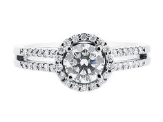 Round halo with split shoulders #engagement #ring #engagementring #diamondring #diamonds #jewellery #loveit