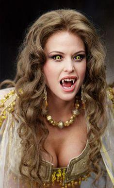f Vampire portrait Josie Maran as Marishka in Van Helsing. Vampire Love, Gothic Vampire, Vampire Art, Dark Fantasy, Fantasy Girl, Dark Beauty, Gothic Beauty, Vampires And Werewolves, Maquillage Halloween