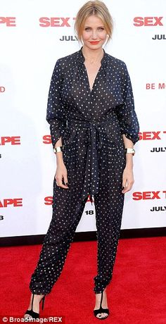 cameron diaz rocking in sleepwear inspired style Dungarees, Overalls, Cameron Diaz, Pajama Party, 2016 Trends, Androgynous, Party Fashion, Pyjamas, Body Shapes