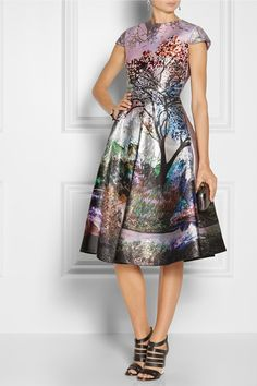 Mary Katrantzou                               Babelonia metallic jacquard dress