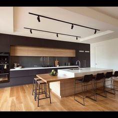 ❤️ this kitchen colour combo