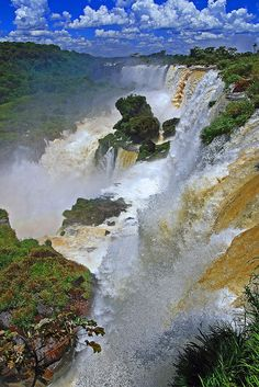 Beautiful Places in the world Beautiful Places In The World, Wonderful Places, Iguazu Waterfalls, Places To Travel, Places To Visit, Iguazu Falls, Beautiful Waterfalls, Nature Photos, Wonders Of The World