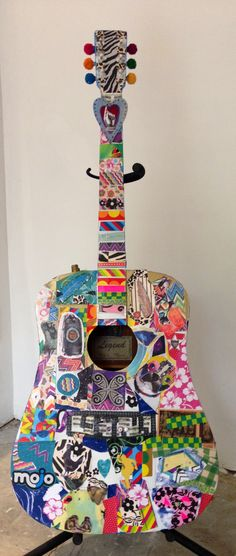 Upcycled guitar Decoupage