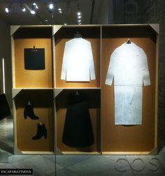 COS  great pop-up store fixture idea--Popup Republic