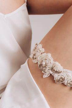 Wedding Garter Belt Lace Garter Belt Purple Garter belt Gray Garter belt Toss Garter belt Ivory Garter Garter belt set Bridal Garter