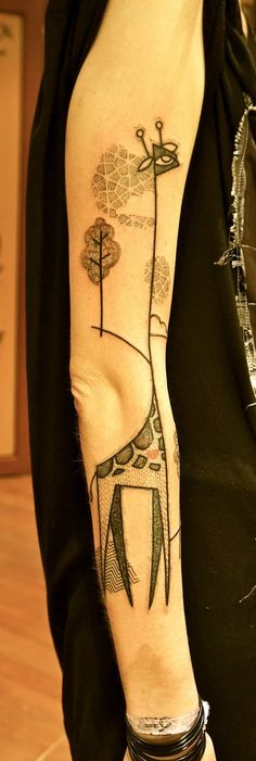 How 'bout a little giraffe tat? Art by Noon. Via http://weheartit.com/entry/26533342
