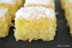 Discover recipes, home ideas, style inspiration and other ideas to try. Homemade Cake Recipes, Best Cake Recipes, Sweet Recipes, Cake Recipes From Scratch, Colorful Cakes, Bakery Cakes, Rice Krispie Treats, Aesthetic Food, Yummy Cakes