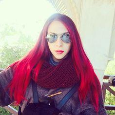 Rojo púrpura hair
