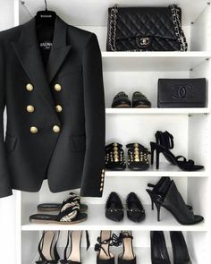 Black is beautiful 🖤🖤🖤🖤🖤 Balmain Leather Jacket, Balmain Boots, Balmain Sweater, Balmain Dress, Balmain Bag, Balmain Blazer Outfits, High Fashion, Feminine Fashion, Dressy Casual Outfits