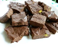 Healthy Chocolate Avocado Fudge