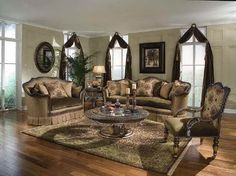 Traditional Upholstered Sofas for Classic Living Room Style