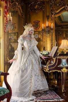 Medieval Wedding Gowns, Marie Antoinette Gowns, Gothic Wedding Gowns at RomanticThreads Pretty Dresses, Beautiful Dresses, Robes Disney, Medieval Wedding, Gothic Wedding, Geek Wedding, Celtic Wedding, Sleeping Beauty Princess, Bridal Gowns