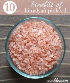 Himalayan salt is one of the most valuable food additives, as it is the healthiest, purest salts. It originates from the Himalayan caves and is Lemon Benefits, Matcha Benefits, Coconut Health Benefits, Tomato Nutrition, Himalayan Pink Salt, Benefits Of Himalayan Salt, Stop Eating, Health Tips, Health Articles