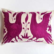 YUCU NINU OTOMI Pillow Cover
