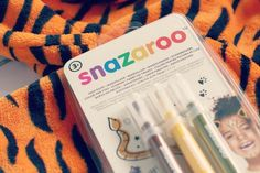 The Tiger Who Came To Tea Face Painting Activity with Snazaroo Brush Pens Face Painting Kits