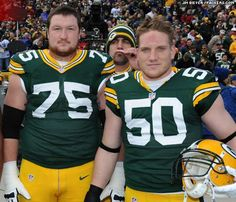 An Aaron Rodgers photo bomb! Love it!