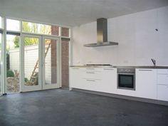 Antraciete betonvloer in keuken