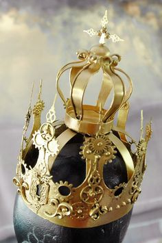 DIY Steampunk Crown Tutorial from Steampunkmonsters.A kid's...