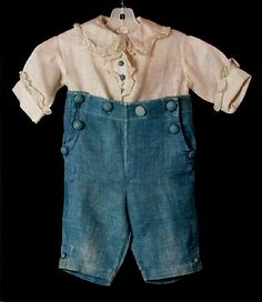 Suit, boy's, white and blue linen, two pieces, ruffled white cotton trim, 1919-1920