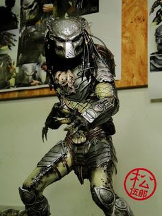 Starship Troopers, Mortal Combat, Cool Robots, Alien Vs Predator, Model Art, Main Character, Enemies, Godzilla, Scale Models