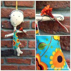 boneca de pano feita com desenho infantil! www.casa18.com.br