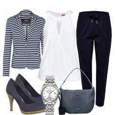 Business Outfits: StrongWoman bei FrauenOutfits.de #frühling #frühjahr #frühjahrsmode #mode #trend #trend2018 #look #style #damenoutfit #frauenoutfit #damenmode #frauenmode #kleidung #bekleidung